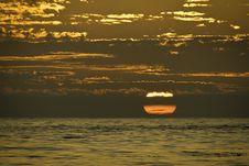 Free Big Sunset Royalty Free Stock Photos - 21069768