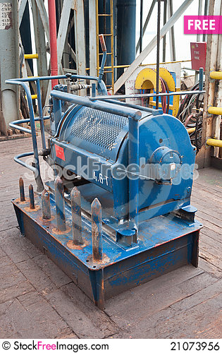Free Auxiliary Winch Royalty Free Stock Image - 21073956