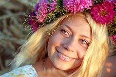 Free Young Woman With Wreath Royalty Free Stock Photography - 21070347