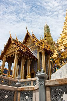 Free The Temple In The Grand Palace Area. Bangkok Stock Photos - 21072593
