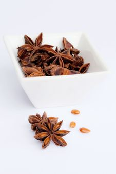 Free Anise Stars In A Bowl Royalty Free Stock Photography - 21078357