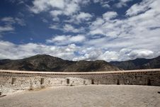 Free Wall Of The Potala Royalty Free Stock Photo - 21078845
