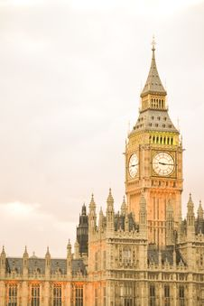 Free Houses Of Parliament And Big Ben Royalty Free Stock Photo - 21079655