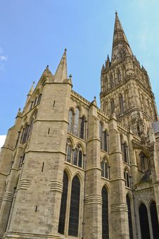 Free Salisbury Cathedral Royalty Free Stock Photography - 21079847