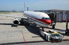 Free Airplane Royalty Free Stock Image - 21081606