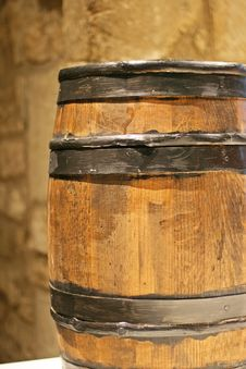 Free Wooden Barrel Royalty Free Stock Images - 21082479