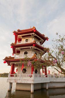 Single Chinese Pagoda Stock Photography