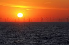 Free Wind Power Stations Over The Sea Royalty Free Stock Photo - 21087085
