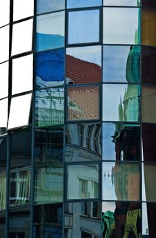 Free Reflections In A Glass Wall Stock Images - 21088684