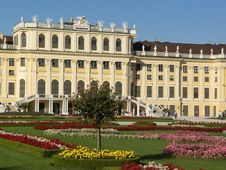 Free Schonbrunn Palace Vienna Royalty Free Stock Photo - 21092575