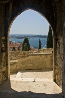 Free Arch On The St.Micheal Fortress Stock Image - 21097601