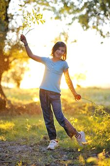 Free Girl Play Against The Sun Stock Photo - 21098790