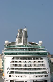 Free Back Of Ship Royalty Free Stock Photos - 2112548