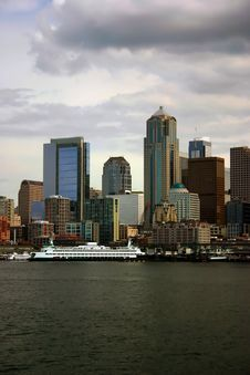 Free Seattle Skyline With Docked Ferry Stock Image - 2113221