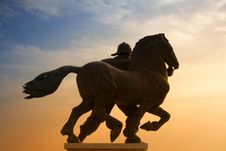 Free Toward The Victory Stock Images - 2119154