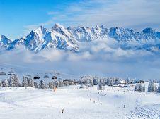 Free Skiing Slope Royalty Free Stock Photo - 21106085