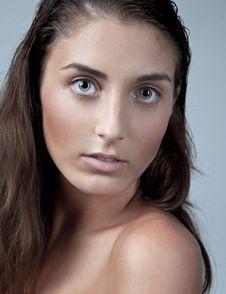 Free Beauty Headshot Royalty Free Stock Images - 21107429