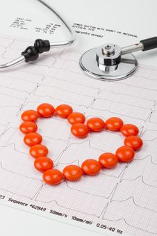 Free Heart Of Pills And Stethoscope On ECG Royalty Free Stock Photo - 21107575