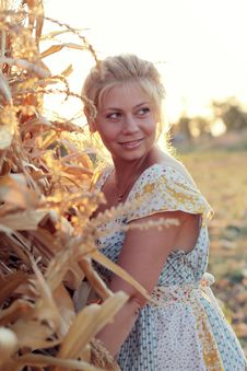 Free Young Woman In Corn Haystack Stock Image - 21108541