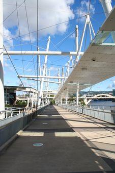 Free Brisbane Bridge Royalty Free Stock Image - 21111126