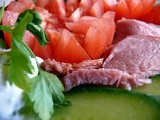 Free Salad With Tomatoes, Cucumbers And Ham Royalty Free Stock Photography - 21111727
