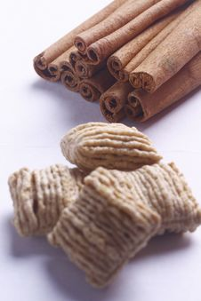 Free Cinnamon Sticks Stock Photo - 21114720