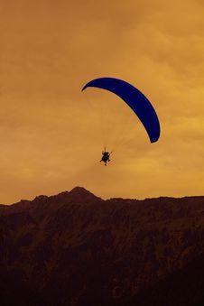 Free Paragliding In Interlaken, Switzerland Royalty Free Stock Photography - 21117837