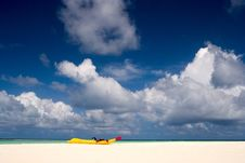 Free A Boat On The Sandy Beach Of  Maldives Stock Images - 21118614