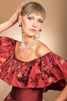 Free Elegant Lady Royalty Free Stock Photography - 21122247