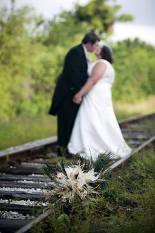 Wedding Couple And Bouquet Royalty Free Stock Photos