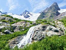 Free Mountain Waterfall Stock Image - 21127541