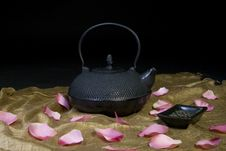 Free Chinese Teapot Stock Images - 21128784