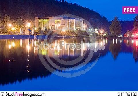 Free Night Embankment Stock Photography - 21136182