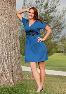 Free Pretty Woman In Park Royalty Free Stock Photo - 21137185