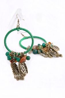 Free Green Metal Earrings Royalty Free Stock Photography - 21138607