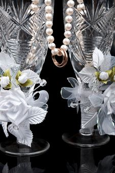 Free Wedding Glass And Rings Stock Image - 21142381