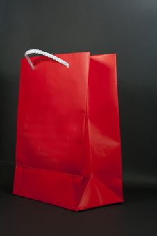 Free Red Paper Bag Royalty Free Stock Photo - 21143485