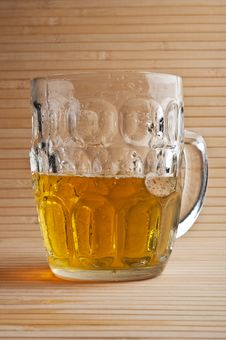 Free Glass Of Beer Royalty Free Stock Photos - 21143918