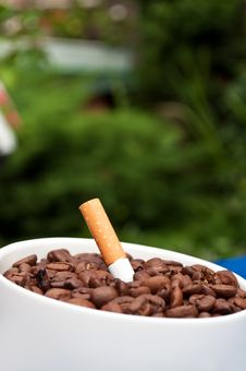 Free Coffee Drink And Cigarettes Stock Images - 21144774