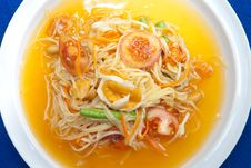 Free Thai Green Papaya Salad Royalty Free Stock Photos - 21144908