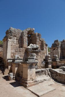 Free Ancient Ruins Perge Turkey Stock Image - 21147581