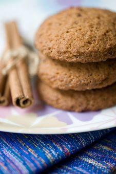 Biscuits And  Cinnamon Royalty Free Stock Images