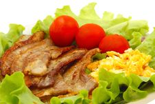Free Breakfast - Egg, Bacon And Vegetables Royalty Free Stock Photos - 21150828