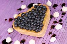 Free Cream And Blueberry Heart-shaped Tart Stock Photography - 21152362