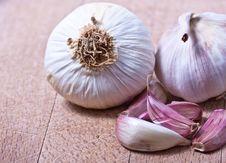 Free Garlic Bulbs Royalty Free Stock Photos - 21159278