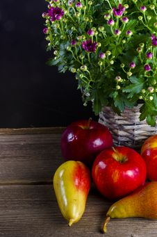 Free Fruit With Flowers Royalty Free Stock Image - 21161716