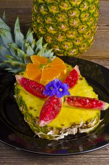 Free Pineapple And Fig Royalty Free Stock Image - 21162046