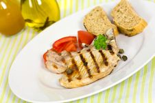 Free Pork Chop, Grilled ,with Salad,bun And Tomato Stock Photos - 21169483