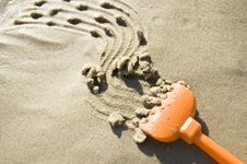Free Drawing On The Sand Royalty Free Stock Image - 21173856