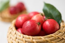 Free Apples In The Basket Stock Photography - 21173972